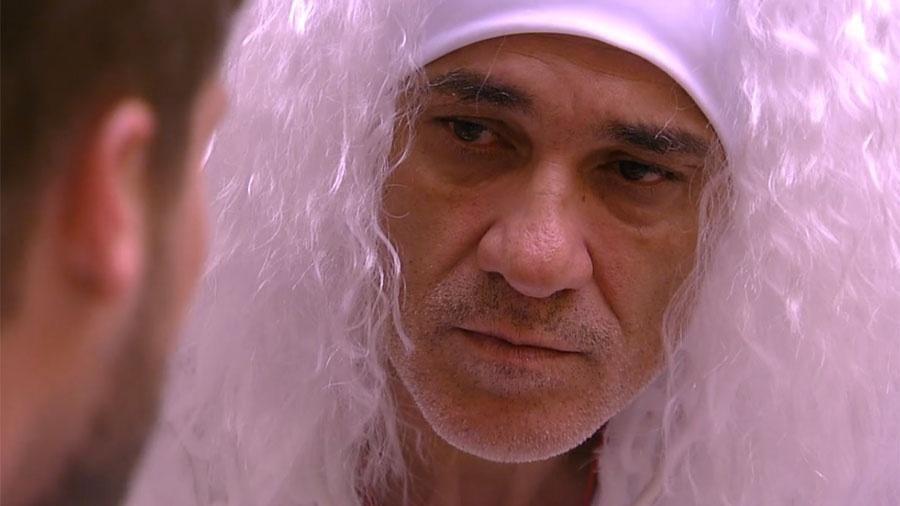Ayrton conversa com Breno sobre as sisters da casa - Reprodução/GloboPlay