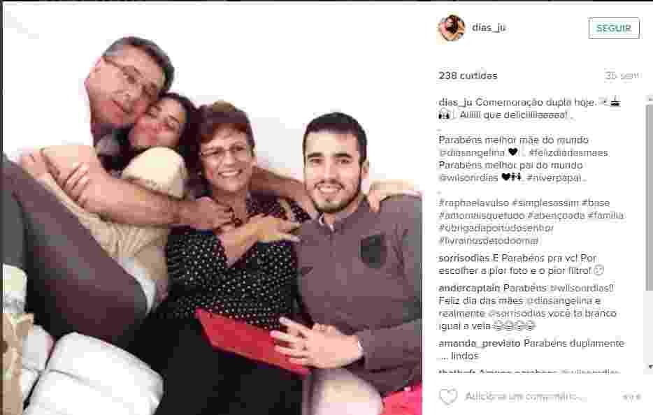 Juliana Dias gosta de curtir momentos família ao lado da mãe Angelina, do pai Wilson e do irmão Raphael - Reprodução/Instagram/dias_ju