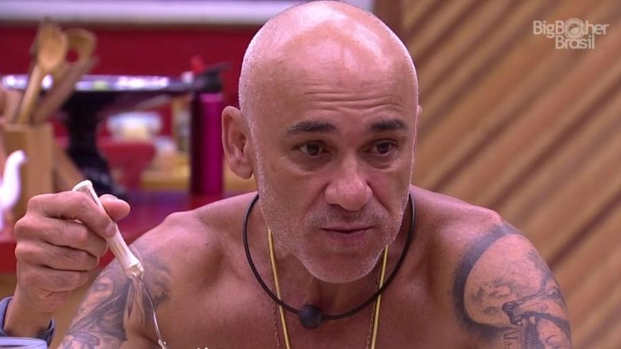 Ayrton fala sobre a punição do grupo Tá com Nada - Reprodução/GloboPlay