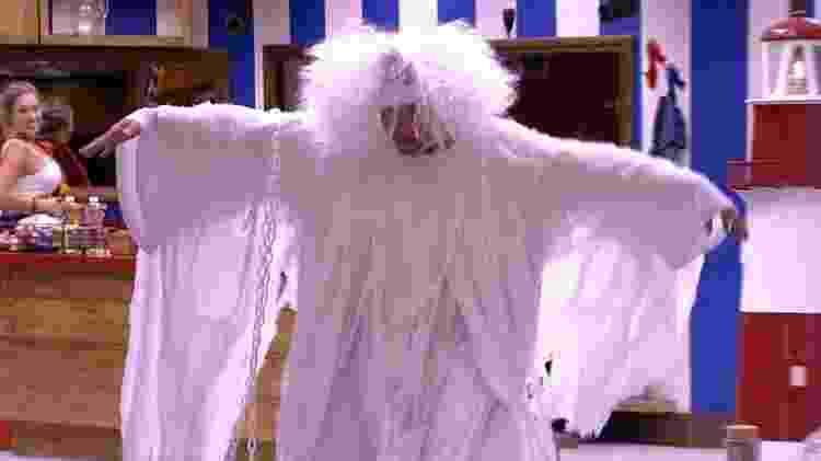 Ayrton no castigo do monstro - Reprodução/GloboPlay - Reprodução/GloboPlay