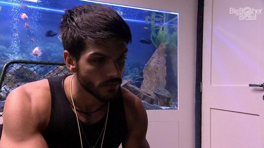 """Lucas durante o Raio-X no """"BBB18"""" - Reprodução/GloboPlay"""