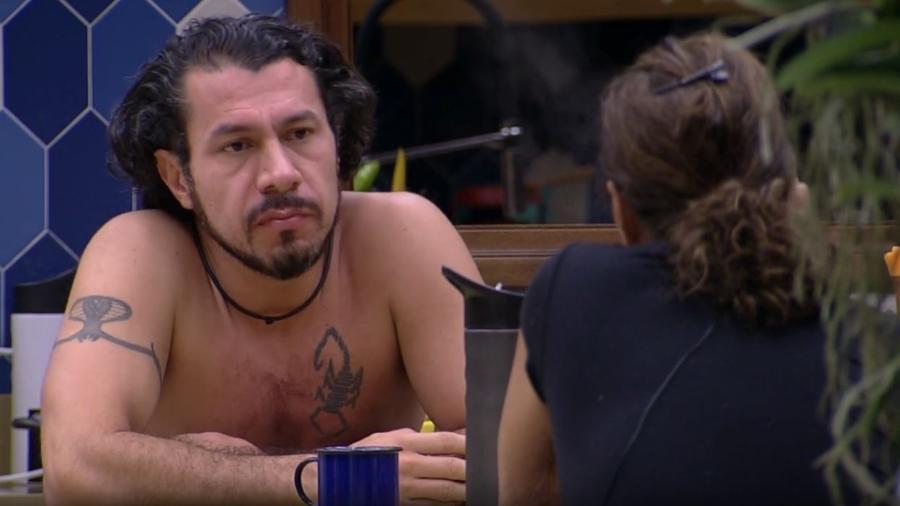 """Rômulo diz que terá atitude que """"selará saída do programa"""" - Reprodução/TV Globo"""