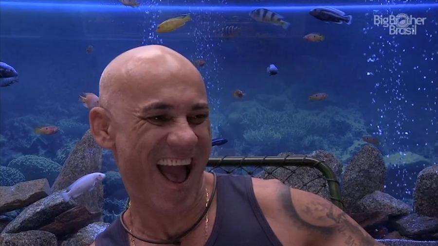 """Ayrton no confessionário do """"BBB18"""" - Reprodução/GloboPlay"""