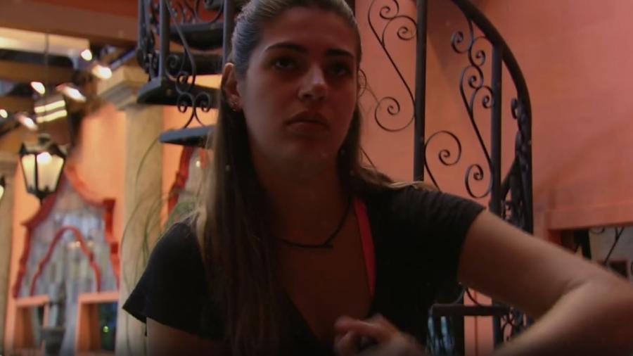Vivian diz que não vai mudar comportamento com Emilly - Reprodução/TV Globo
