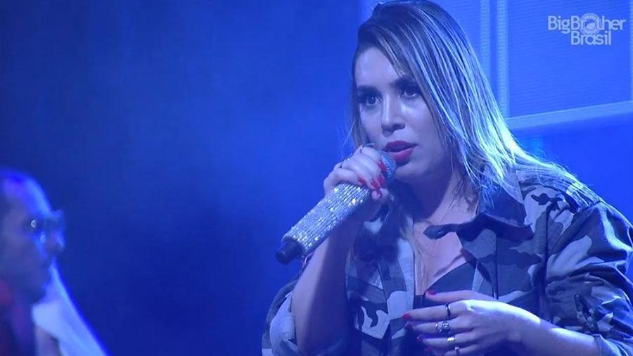"""Naiara Azevedo na festa """"Femineja"""" do """"BBB18"""" - Reprodução/GloboPlay"""