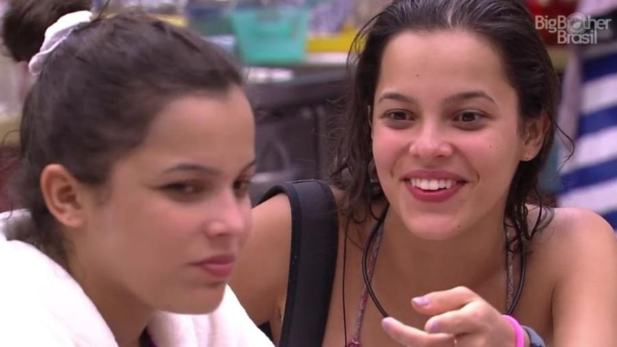 """26.jan.2017 - Emilly e Mayla, participante do """"BBB17"""" - Reprodução/Tv Globo"""