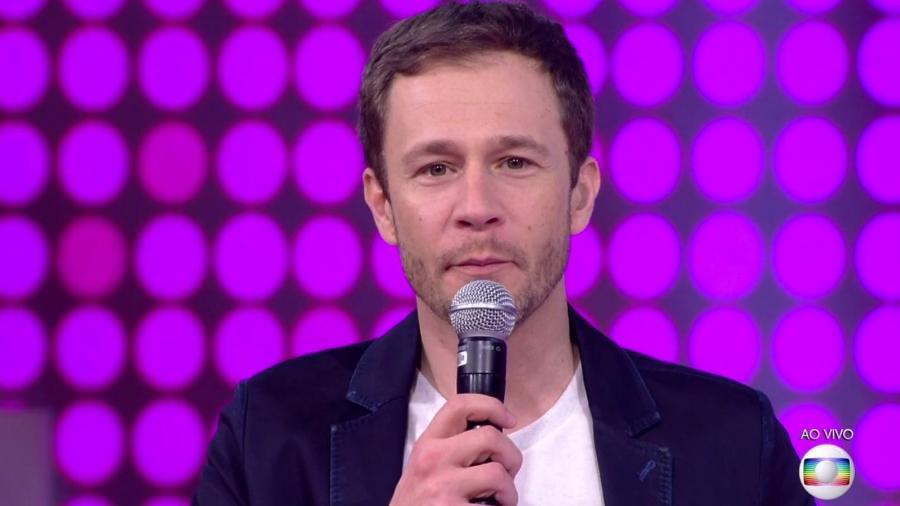 """Tiago Leifert fala com o público antes da grande final do """"BBB18"""" - Reprodução/TvGlobo"""