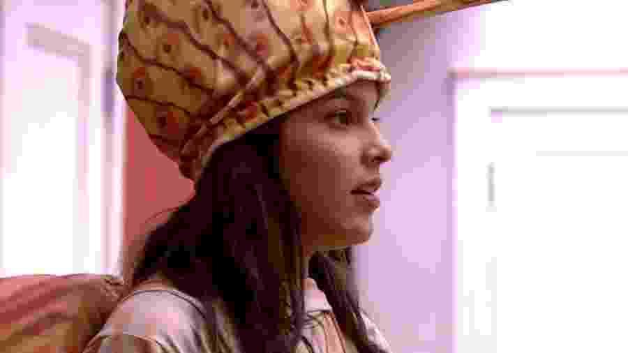 Emilly diz que dará presente para a mãe de Marcos - Reprodução/TV Globo