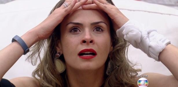 Ana Paula ficou extasiada ao saber que, além de não ter sido eliminada, voltará imune para realizar a prova do líder - Reprodução/ TV Globo