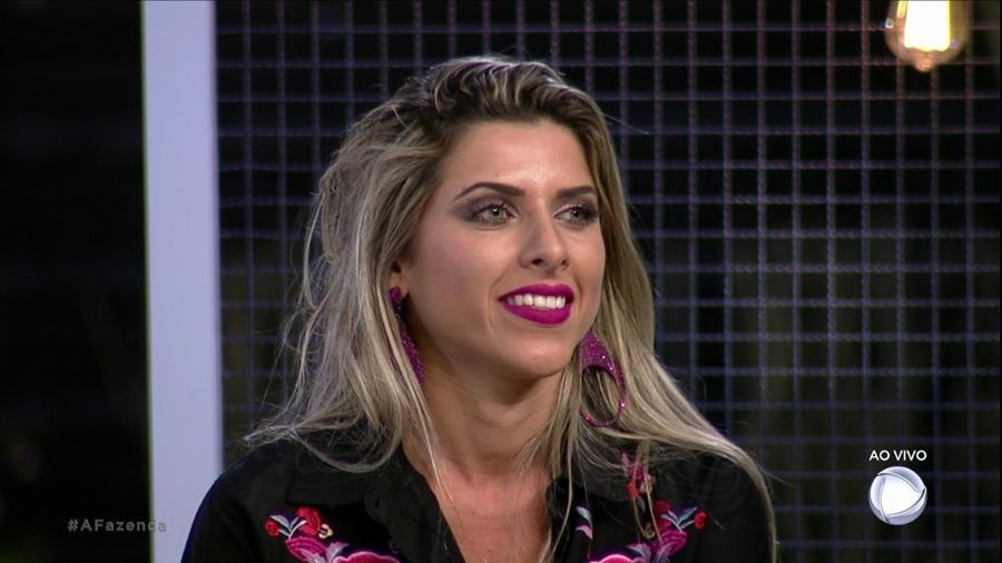 Ana Paula Minerato manda recado para Nicole Bahls - Reprodução/Record