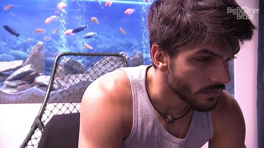 """Lucas faz o Raio-X no confessionário do """"BBB18"""" - Reprodução/GloboPlay"""