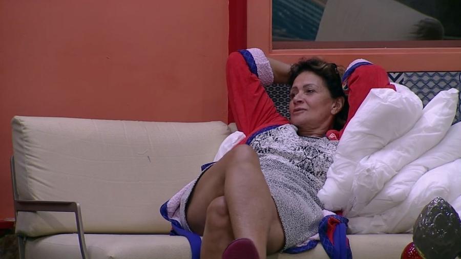 Ieda acha que Marcos quer ficar com Vivian - Reprodução/TV Globo