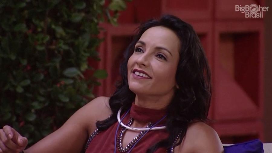 Marinalva tira sarro de Emilly - Reprodução/TV Globo