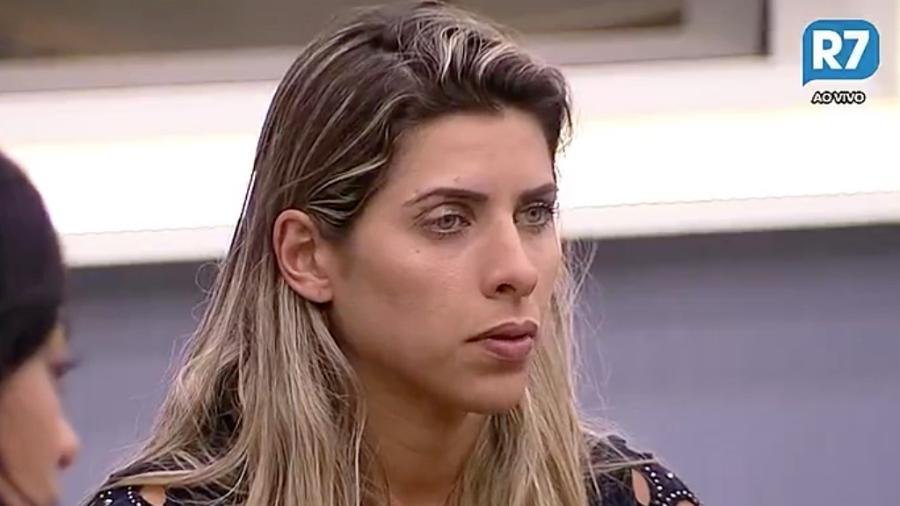 Ana Paula Minerato diz que não gosta de homens com pelos pubianos - Reprodução/R7