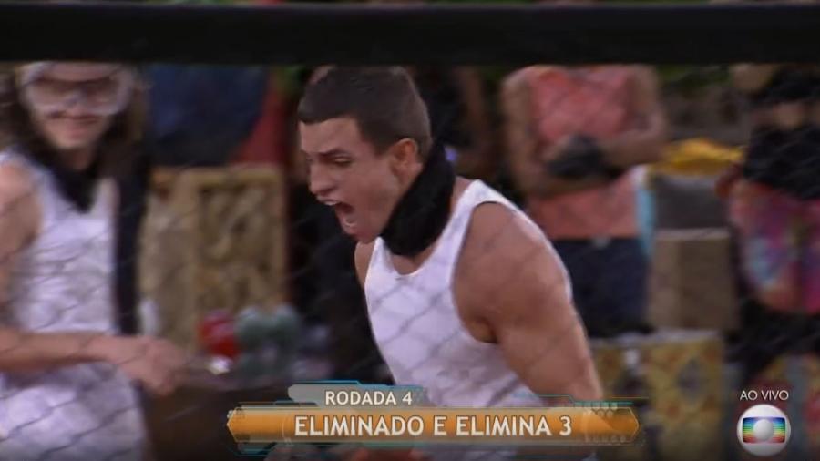 Manoel vibra com bolinha laranja - Reprodução/TV Globo