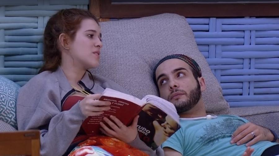 Ana Clara e Mahmoud criticam comportamento de Nayara  - Reprodução/Globoplay