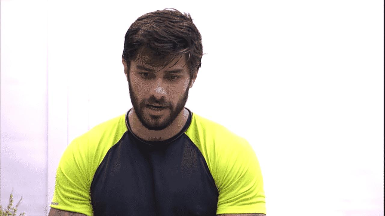 """8.mar.2016 - Renan diz que ainda está chateado com Geralda por ela ter votado nele na última formação de paredão no """"BBB16"""" - Reprodução/TV Globo"""