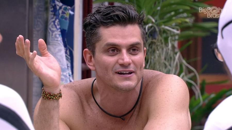 Brothers detonam atitude de Marcos com Claudia Ohana - Reprodução/TV Globo