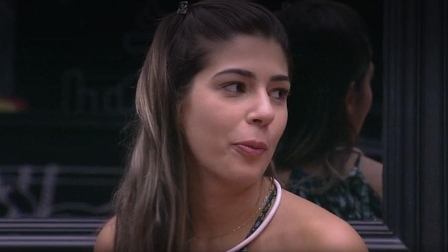 """Vivian diz que músicas tocadas são do """"demônio - Reprodução/TV Globo"""