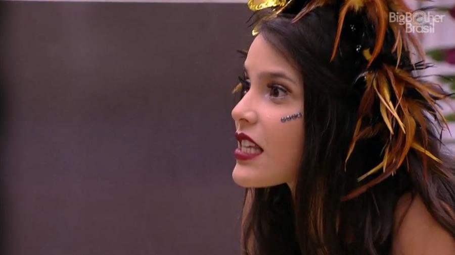 Emilly se magoa com Marcos e Ilmar - Reprodução/TV Globo