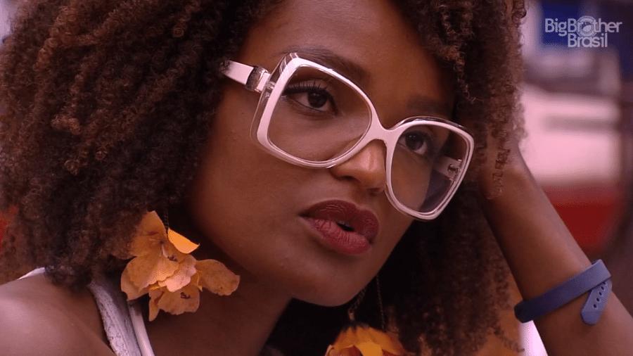 Nayara critica postura de sisters na hora de dormir - Reprodução/GloboPlay