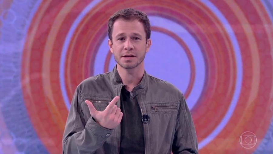 """Tiago Leifert anuncia as regras do oitavo paredão do """"BBB17"""" - Reprodução/TV Globo"""