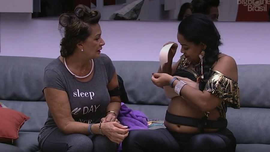 Elis mostra sutiã mágico - Reprodução/TV Globo