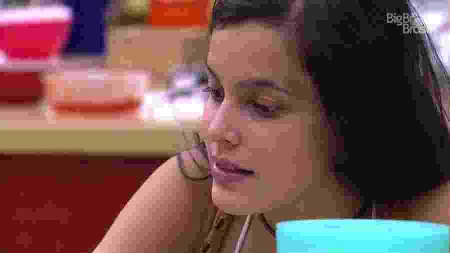 Emilly pede conselhos a Ieda - Reprodução/TV Globo