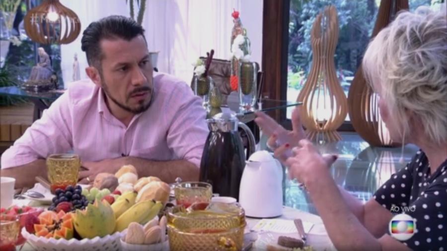 """Rômulo toma café da manhã com Ana Maria Braga no """"Mais Você"""" - Reprodução/Globo"""