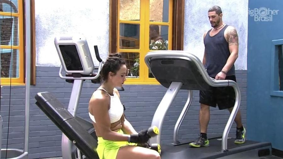 """Na academia do """"BBB17"""", Marinalva e Daniel conversam sobre o jogo  - Reprodução/Tv Globo"""