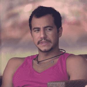 """9.mar.2016 - Matheus pede para que Renan seja forte no """"BBB16"""" - Reprodução/TV Globo"""