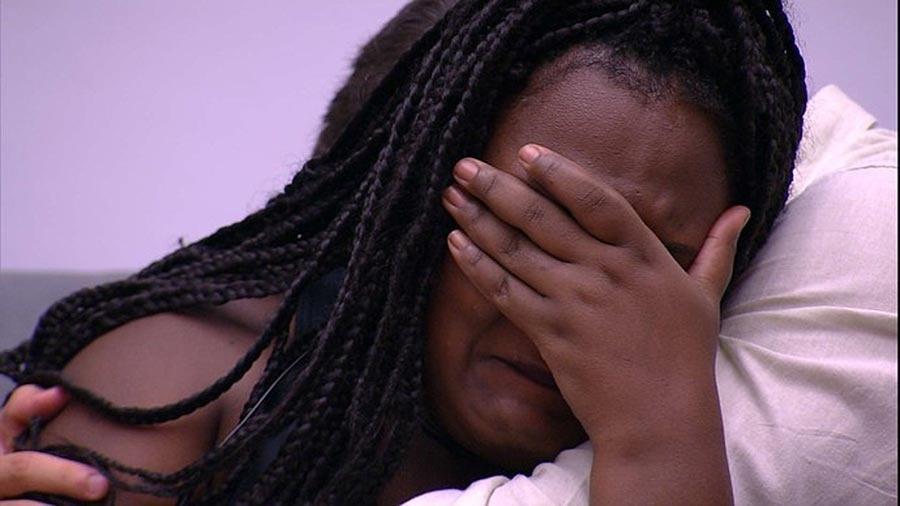 Roberta chora após eliminação de Luiz Felipe - Reprodução/TV Globo