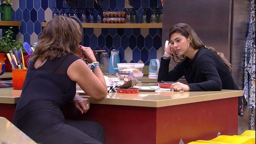 Ieda e Vivian avaliam comportamento de Emilly - Reprodução/TVGlobo