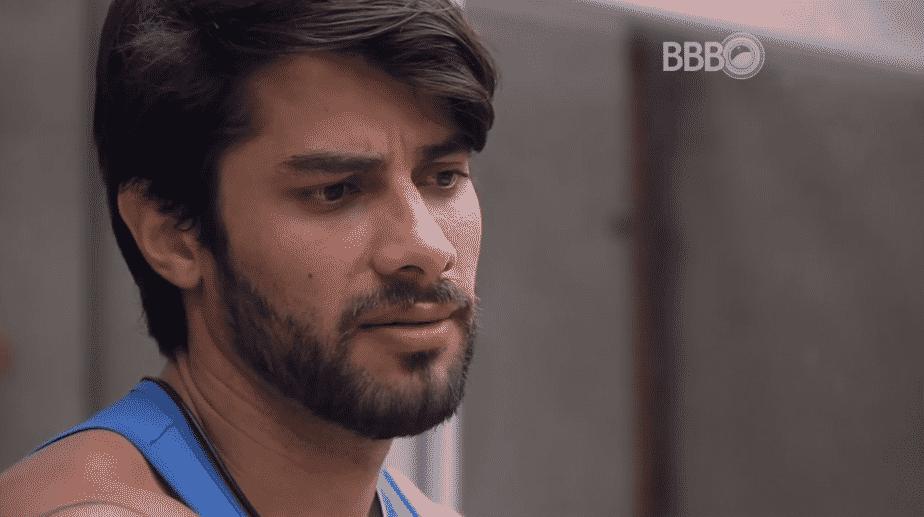 """17.fev.2016 - Renan garante que não irá mais conversar com Ana Paula no """"BBB16"""" - Reprodução/TV Globo"""