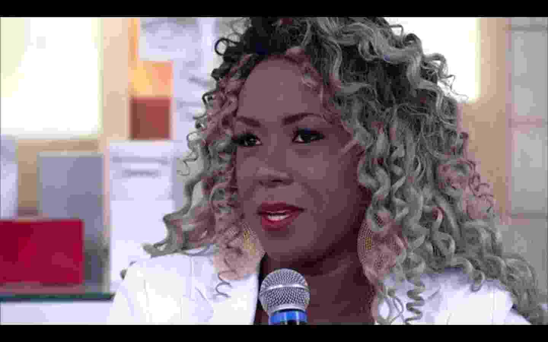 """4.abr.2016 - Adélia vai ao """"Encontro"""" e conta que recebeu ofensas racistas após deixar o """"BBB16"""" - Reprodução/TV Globo"""