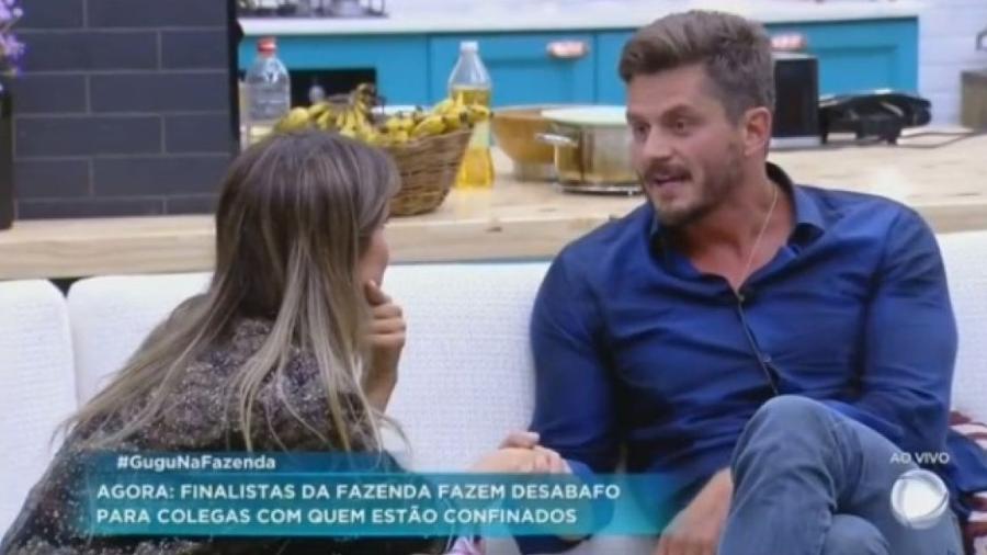 Marcos e Flávia falam sobre rivalidade no reality - Reprodução/R7