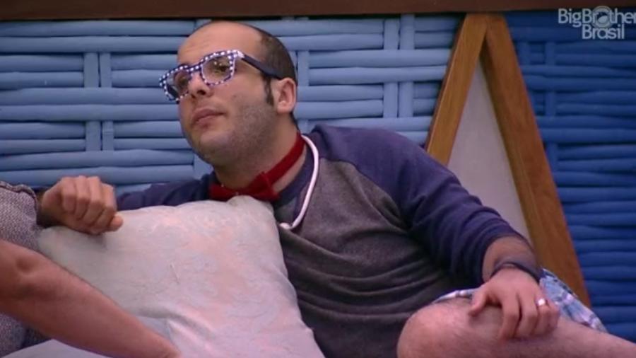 Mahmoud desabafa com Diego e diz não saber jogar dentro da casa - Reprodução/Globoplay