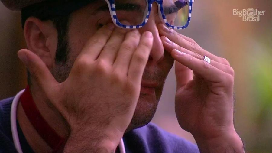 """Mahmoud volta a chorar dentro do """"BBB18"""" - Reprodução/GloboPlay"""