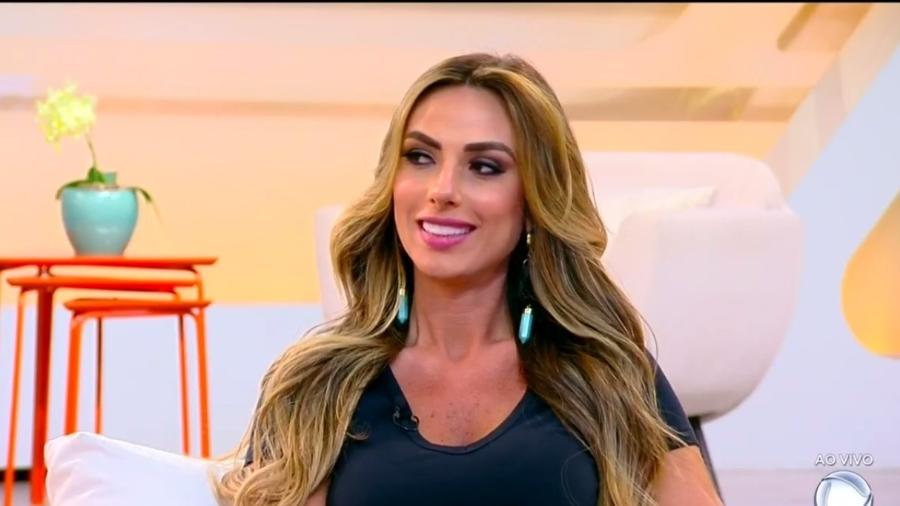 """Nicole Bahls participa do """"Hoje em Dia"""" - Reprodução/R7"""