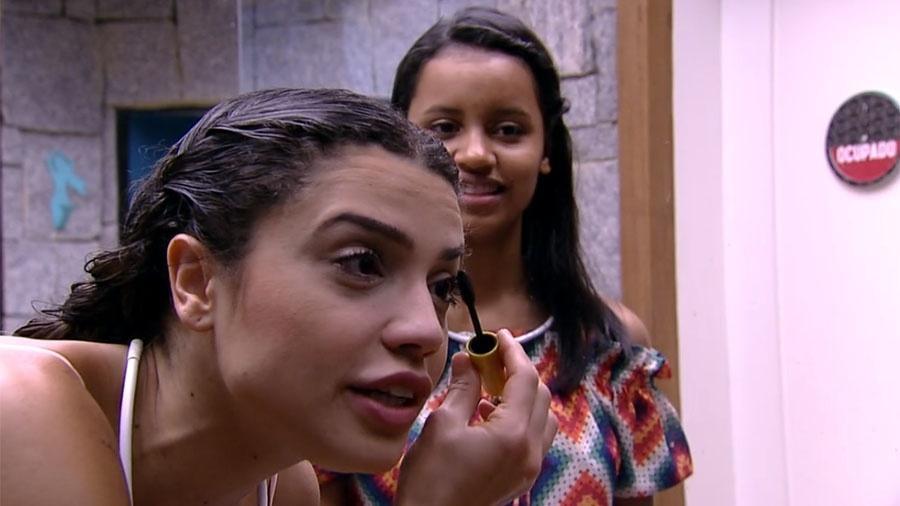 Paula conversa com Gleici sobre os brothers - Reprodução/GloboPlay
