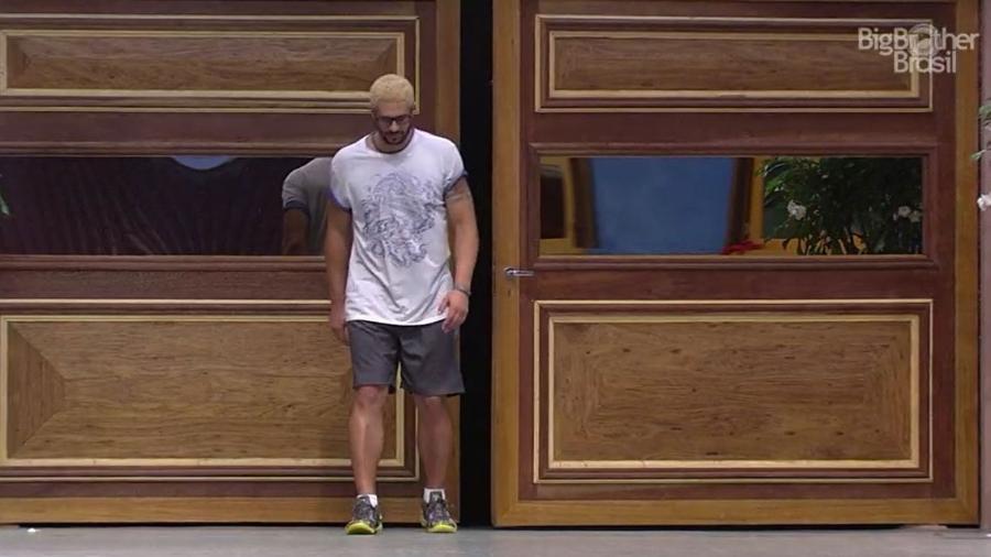 Daniel desistiu da prova de resistência após dores na perna - Reprodução/TV Globo