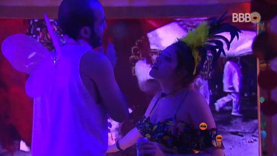 Ana Clara e Mahmoud se desentendem - Reprodução/GlobosatPlay