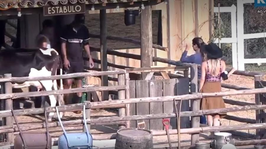 Zootecnista Fernanda dá bronca em peões - Reprodução/R7