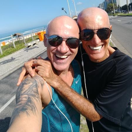 """Ayrton Lima, do """"BBB18"""", já posou com Amin Khader... quem é quem? - Reprodução/Twitter/TIO_AYRTON"""