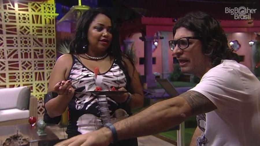 Ilmar revela que vai votar em Roberta - Reprodução/TV Globo