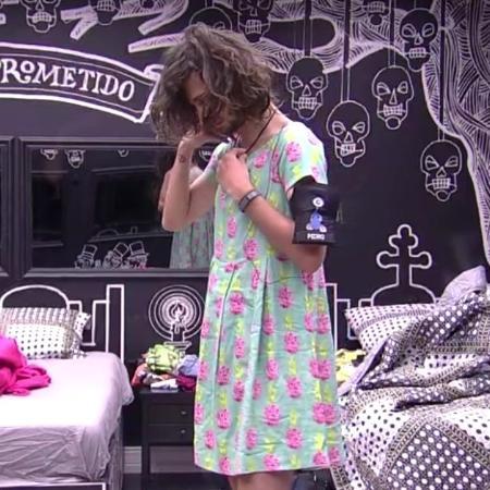 """Pedro usa vestido no """"BBB17"""" - Reprodução/TV Globo"""