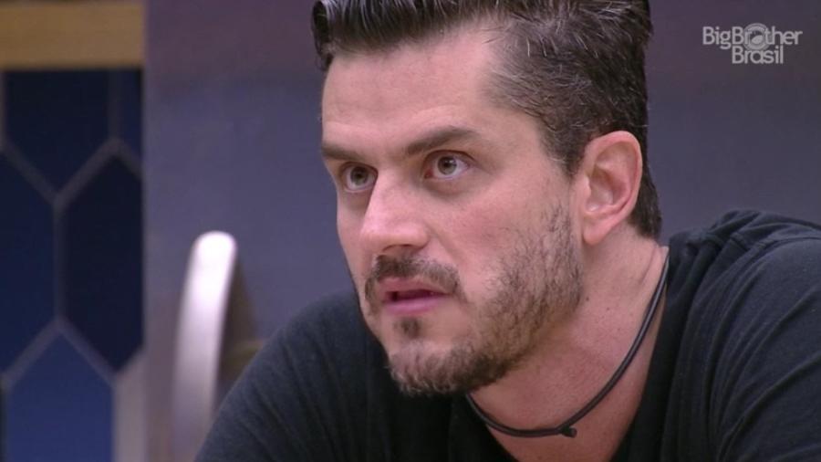 """""""Foi a pessoa que mais saiu por baixo"""", diz Marcos sobre Ilmar - Reprodução/ TV Globo"""