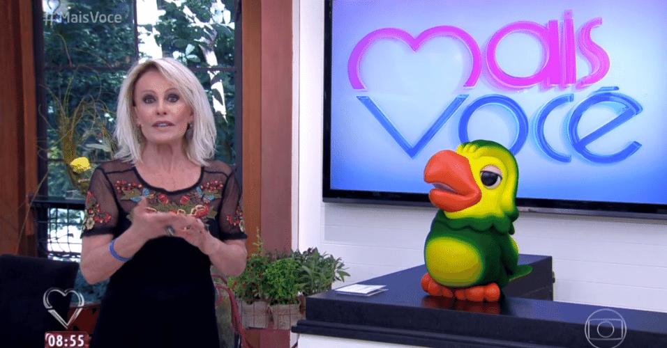 6.abr.2016 - A apresentadora Ana Maria Braga recebeu Munik, Geralda, Ronan e Cacau no