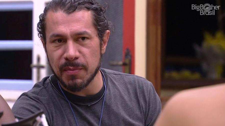 Rômulo acredita que anjo é autoimune  - Reprodução/TV Globo