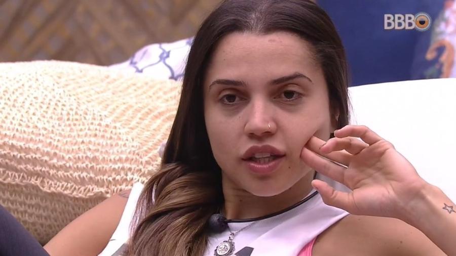 Paula reclama da postura de Gleici e Ana Clara - Reprodução/Globoplay